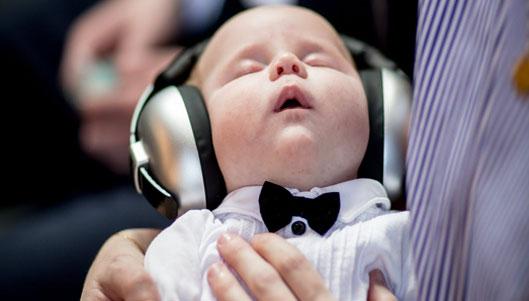 Post image Mindfulness Exercises to Make Babies Sleep Better at Night Singing Solemn Spiritual Songs - Mindfulness Exercises to Make Babies Sleep Better at Night